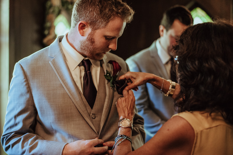 Danielle + Zach Wedding-0009.jpg