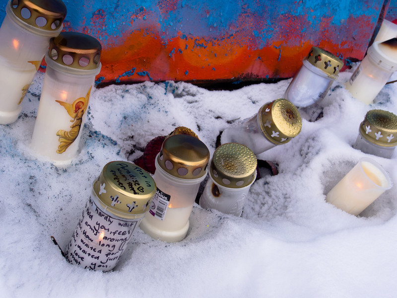 tampere graffiti candles horiztontal.jpg