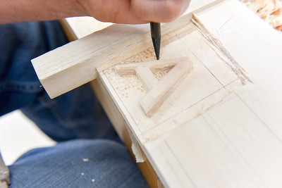 Carving Fundamentals: Ornamentation, Lettering & Scrolls with Yorburg