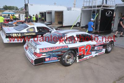 061021 WIR Speedway