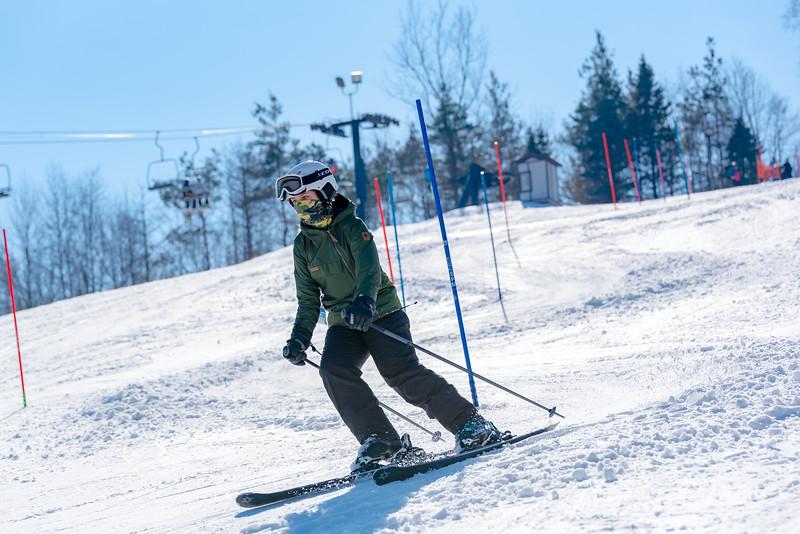 Standard-Race_2-3-18_Snow-Trails-73523.jpg