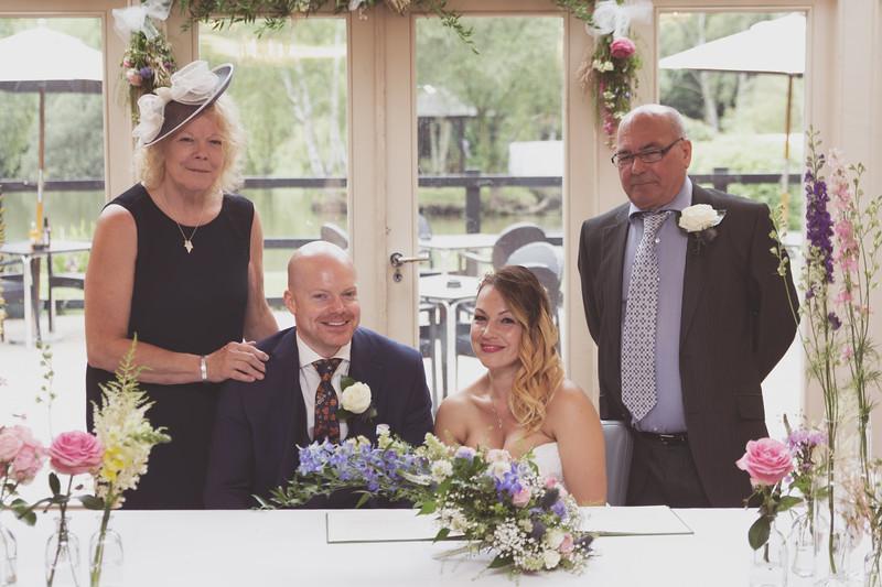 Sam_and_Louisa_wedding_great_hallingbury_manor_hotel_ben_savell_photography-0096.jpg