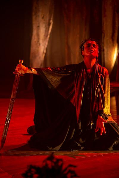 Allan Bravos - Fotografia de Teatro - Agamemnon-500.jpg