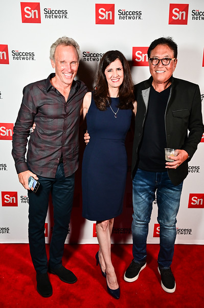 2019TLS_Cocktail_Party_390.JPG