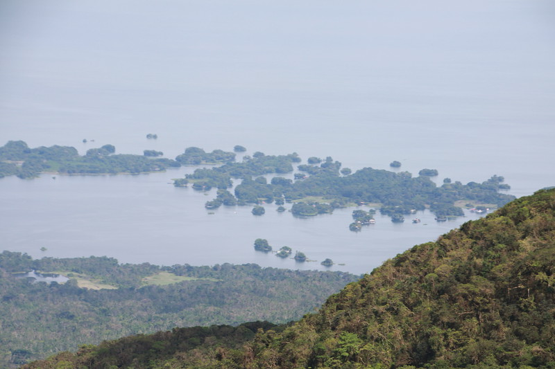 There are 360 islands in Lake Nicaragua