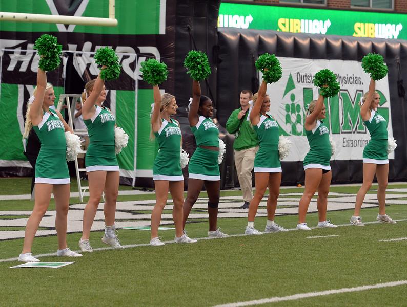 cheerleaders1643.jpg