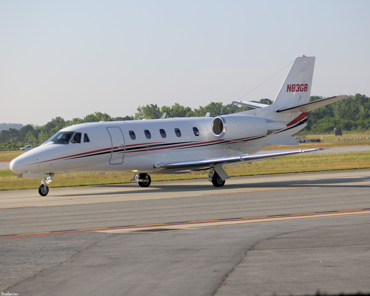 Cessna 560XL Citation XLS c/n 560-5756 N83GB of EXCEL 5 LLC Taxiing in after arriving from Columbus Metropolitan (KCSG) KPDK, Dekalb GA, 05/28/2021, This work is licensed under a Creative Commons Attribution- NonCommercial 4.0 International License.