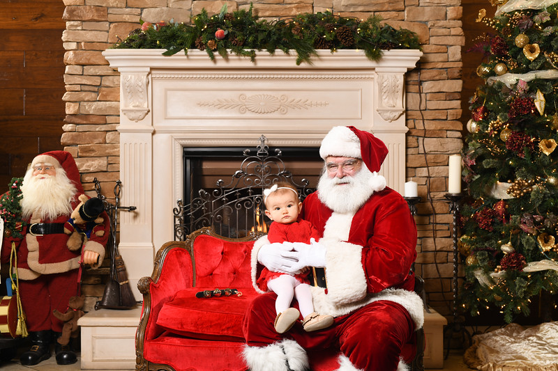 Santa2018.TylerBoye.-216.jpg