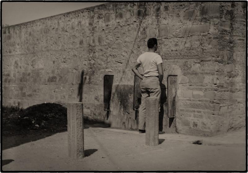 Italy 1945--6.jpg