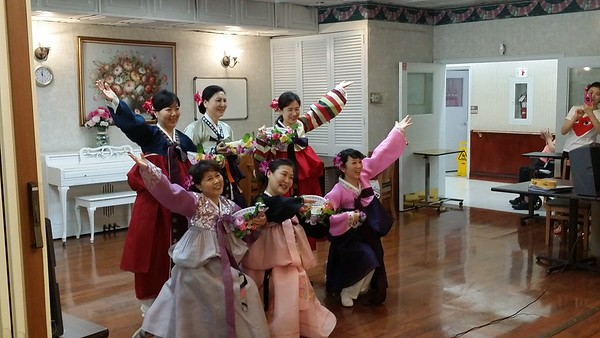Teaneck 양로원 선교팀 Mother's day 공연