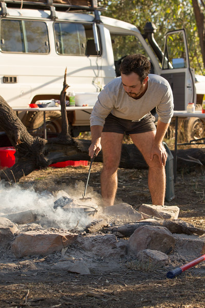 Genevieve Hathaway_The Kimberley_Gibb River Road_bush cooking.jpg