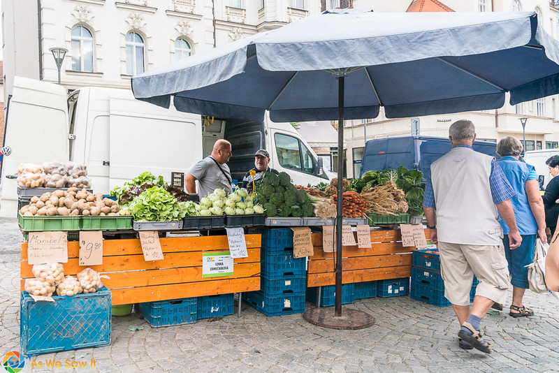 Cabbage-Market-04323.jpg
