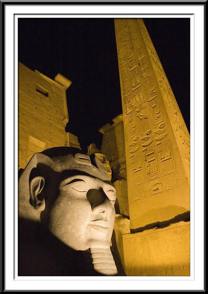 luxor-temple-night-3 (55687640).jpg
