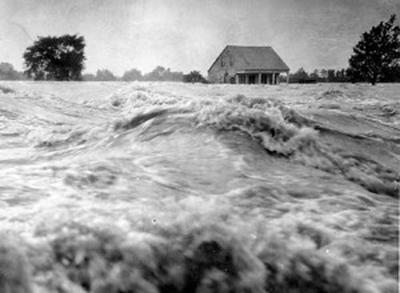FLOOD Moreauville, Louisiana. 1927.jpg