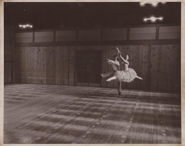 Dance_1239.jpg