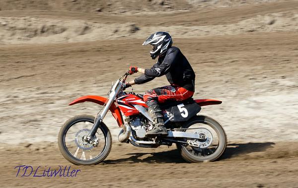 AM Race  4
