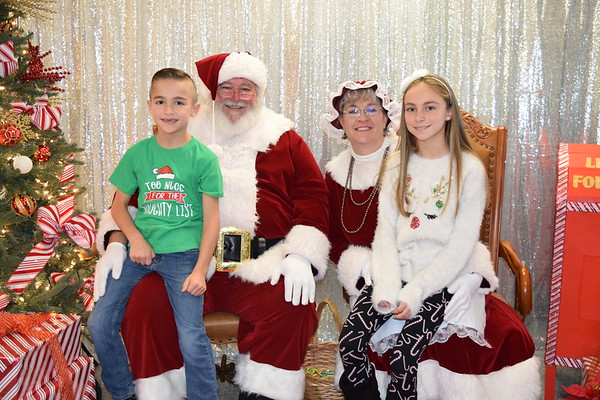 PS207 Photos with Santa Additional