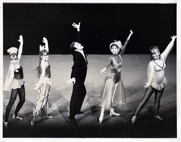 Dance_1265_a.jpg