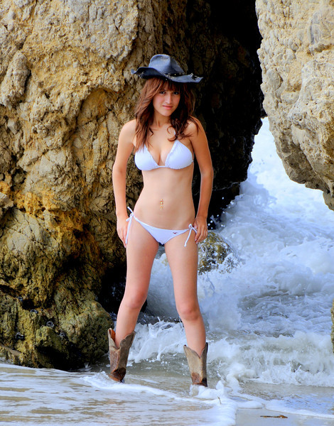 swimsuit model beautfiful woman malibu 539.4.45.