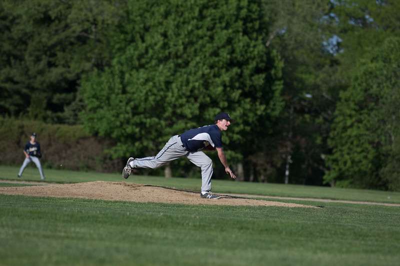 freshmanbaseball-170519-111.JPG