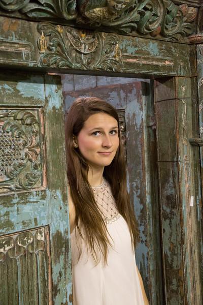 Meagan Senior Pics-1148.jpg