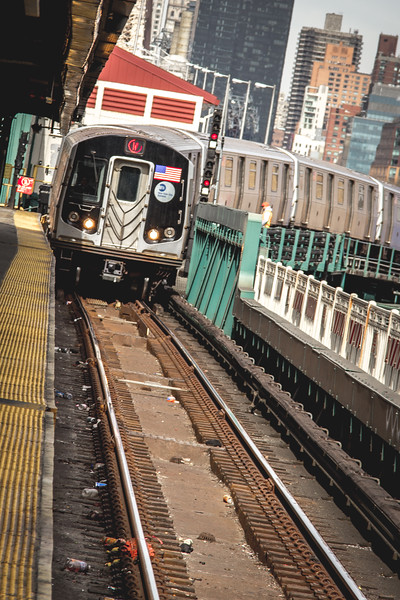 Subway Train NY-2799.jpg