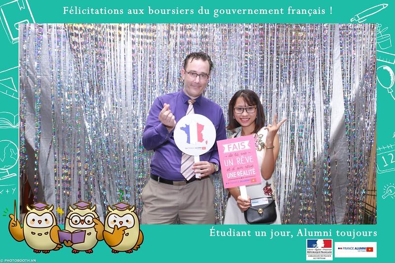 France-Alumni-Vietnam-photobooth-at-Franch-Embassy-Vietnam-photobooth-hanoi-in-hinh-lay-ngay-Su-kien-Lanh-su-quan-Phap-WefieBox-photobooth-vietnam-064.jpg