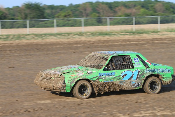 South Buxton Raceway, Merlin, ON, June 18, 2011
