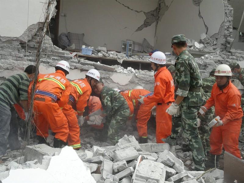 JapanEarthquake2011-5.jpg