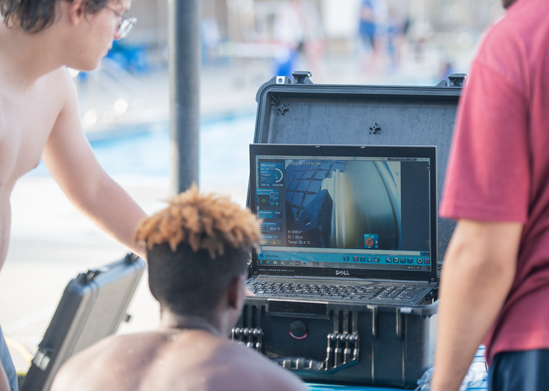 2018_0629_UnderwaterRoboticsCamp-CampusPool-0194.jpg