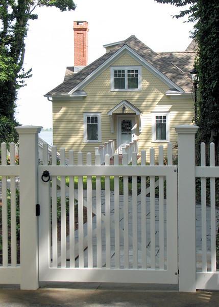 177 - 319264 - Norwalk CT - Chestnut Hill Walk Gate