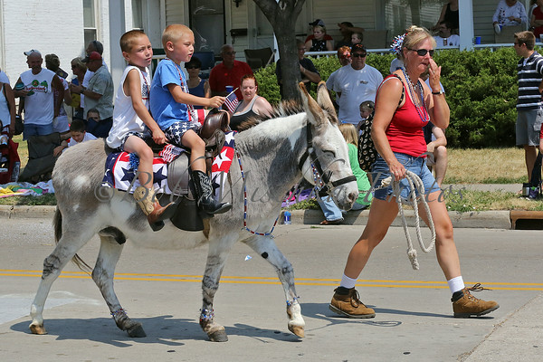 July 4 2012 Parade & Mile Race