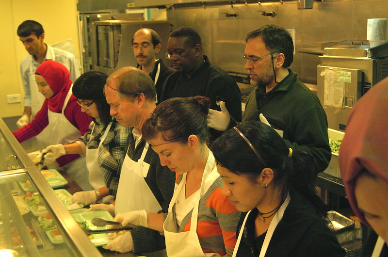 abrahamic-alliance-international-common-word-community-service-cityteam-2011-11-20_17-39-22-ray-rodriquez.jpg