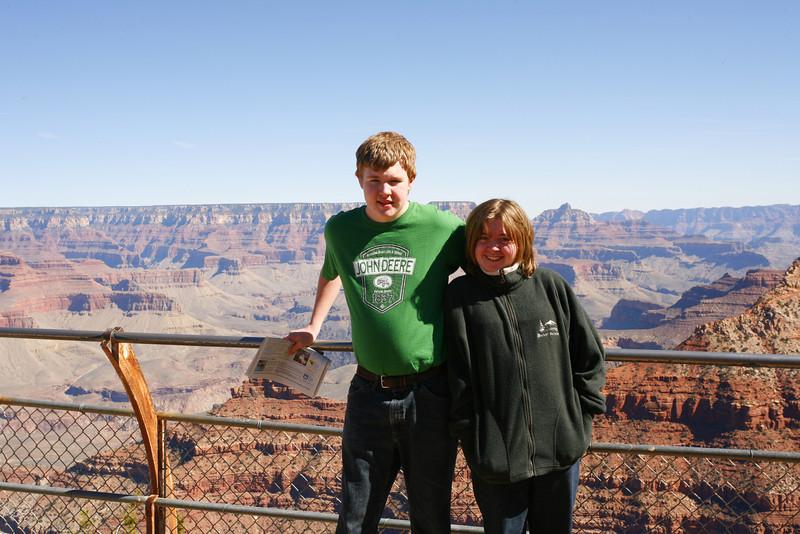 Aaron & Kyra at Grand Canyon, AZ