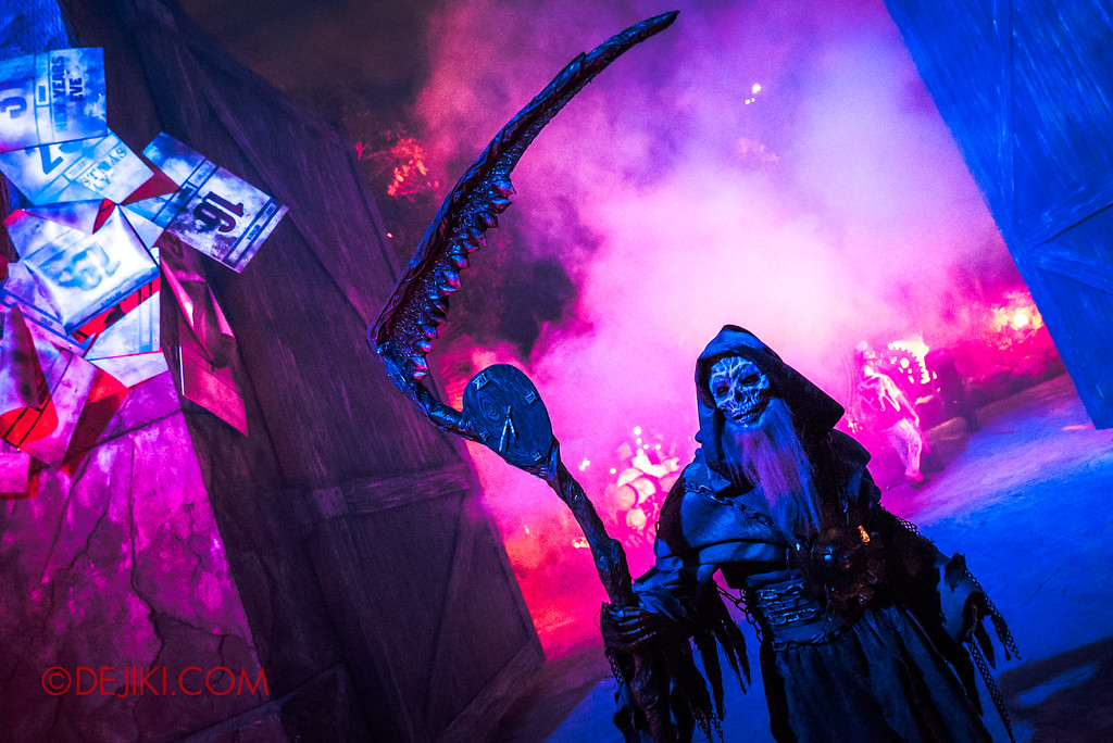Halloween Horror Nights 7 Review - Happy Horror Days scare zone / Father Time