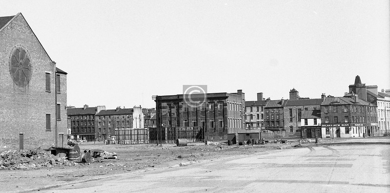 Two fairly random shots from what used to be Warwick St.    This one shows the back of the Great Synagogue in S.Portland St., the pilastered block in Norfolk St. which is still there, and a stretch of Oxford St. which very much isn't.  April 1973