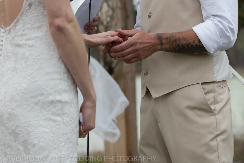 Copywrite Kris Houweling Wedding Samples 1-162.jpg