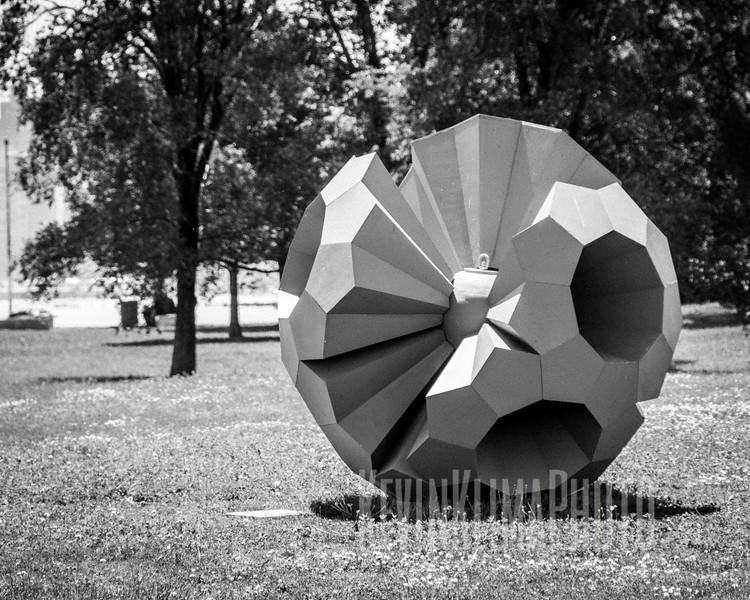 lakefrontsculpturebomb02.jpg