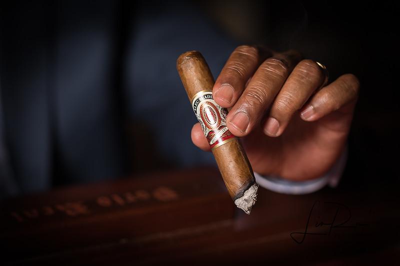 Smokes & Sips-Edited-2.jpg