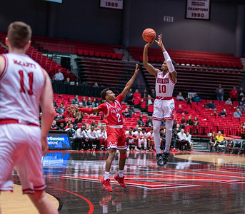 020120 NIU mens basketball vs Miamai of Ohio