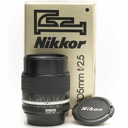 Nikon 105mm  f/2.f AIs