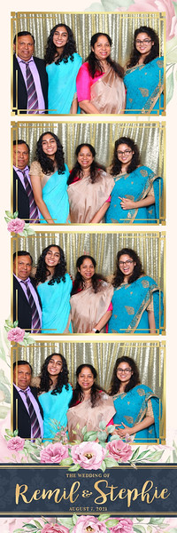 Alsolutely Fabulous Photo Booth 022412.jpg