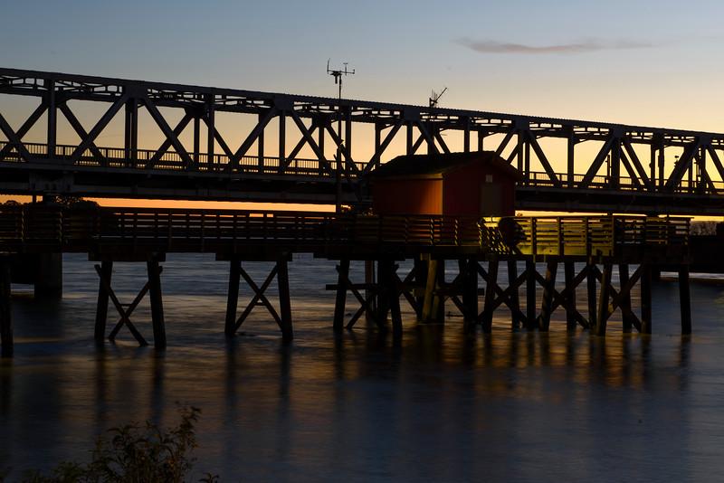 Rio Vista Pier @ Dawn-0657.jpg
