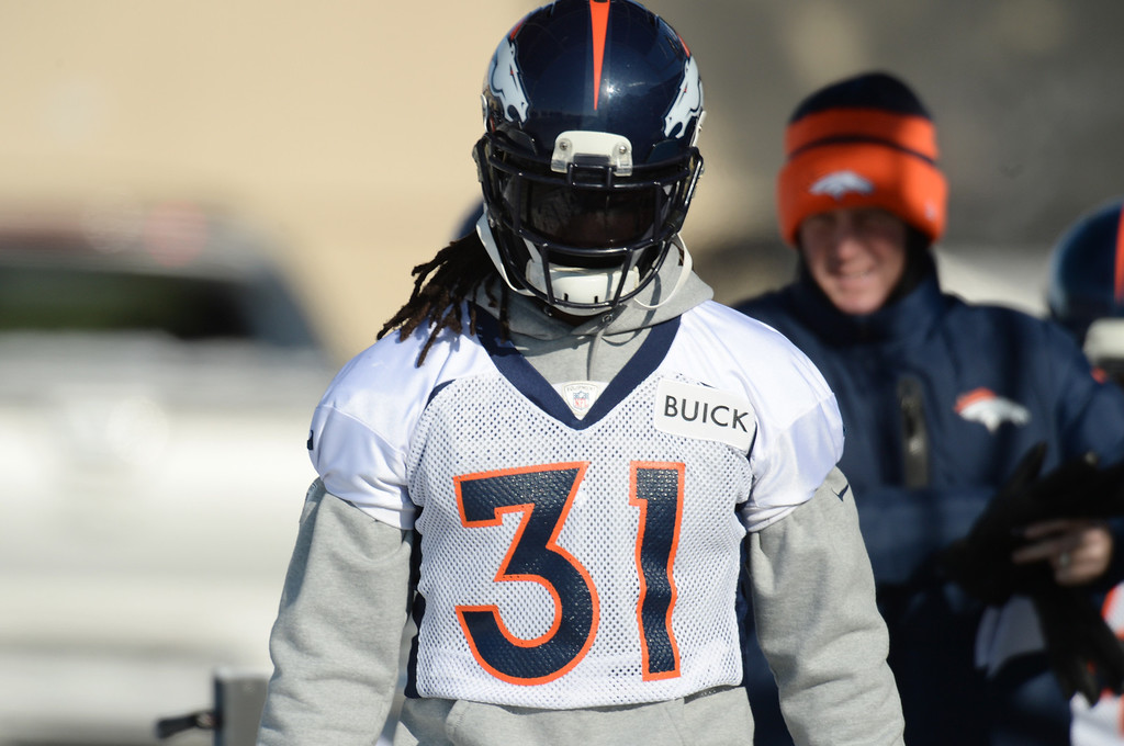 . Omar Bolden of Denver Broncos (31)  heading to the practice field of Denver Broncos Headquarters at Dove Valley in Englewood, Colorado on Friday,  December 6, 2013. (Photo by Hyoung Chang/The Denver Post)