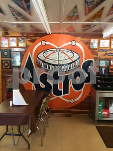 astros-memorabilia-on-display-at-all-star-barbq-in-rusk