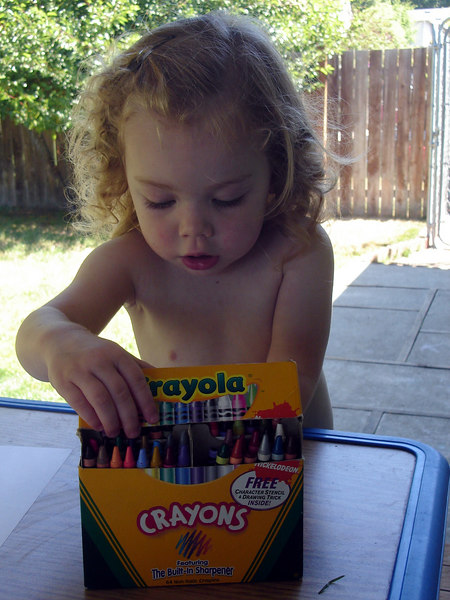 0806.DSC01318.ColoringWIthCrayons.jpg