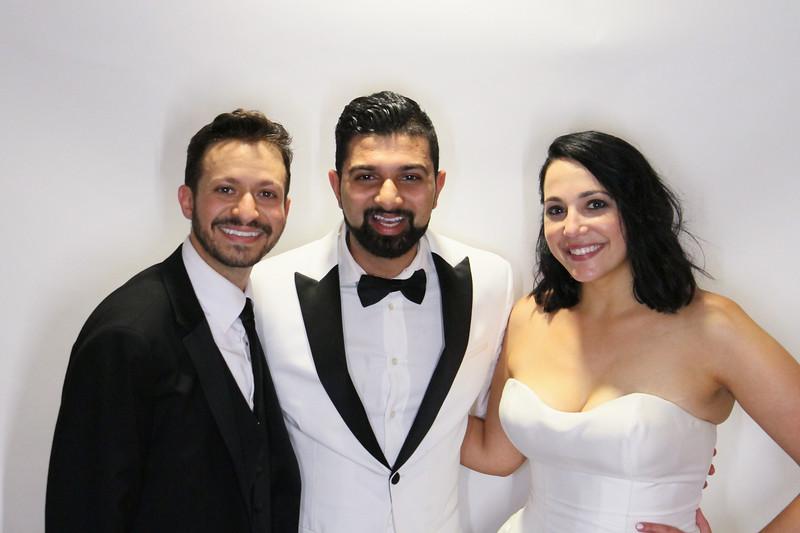 Danny and Sonia Photobooth Originals-509.jpg