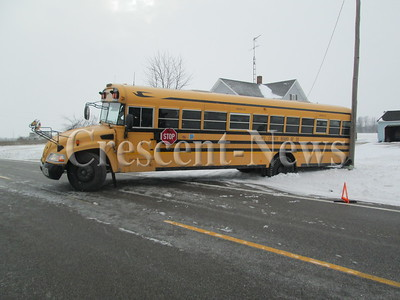 01-22-14 NEWS Bus crash