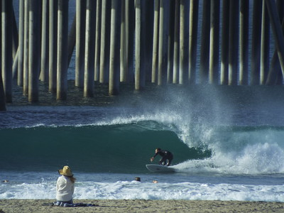 10-30-19 * DAILY SURFING PHOTOS * H.B. PIER