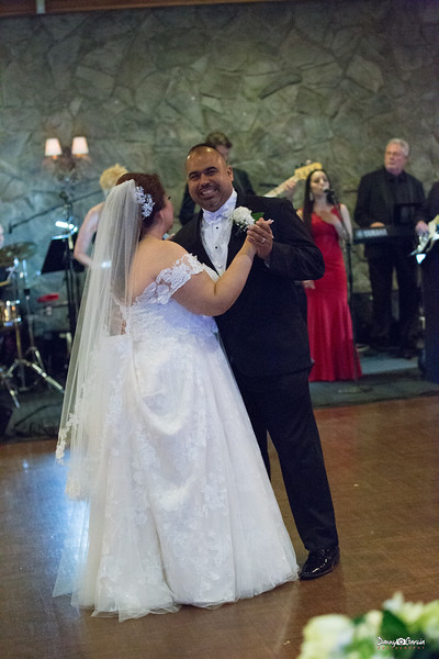 103_Jauregui_Wedding.jpg